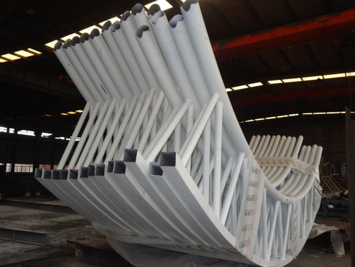 桁架钢结构工程公司选三维钢构